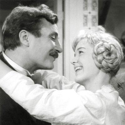 Kultainen vasikka (1961), ohjaus Ritva Arvelo.