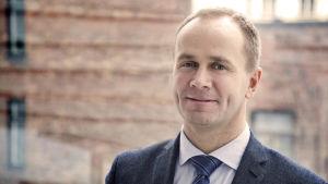 Johan Aura, kanslichef vid Svenska Folkskolans Vänner