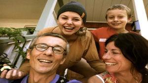 Stefan och karen Randström är bosatta i kanada med dottern maja och sonen Kalle