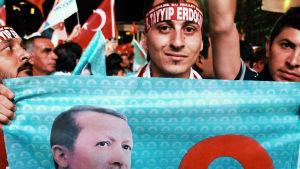 Ulkolinja: Mustavalkoinen Turkki, yle tv1
