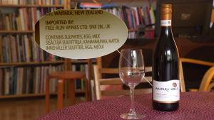 Viinin lisäaineissa on mainittu maito ja kananmuna