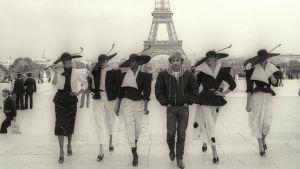 Muodin kolme vuosikymmentä (Fashion Pack, Ranska, 2013).
