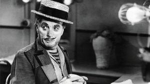 Charlie chaplin elokuvassa Parrasvalot (Limelight/USA 1952). Yle Kuvapalvelu.