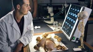 Prisma: Neandertalilaisten arvoitus, yle tv1