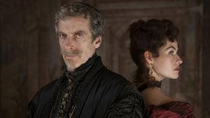 Musketeers-sarjan kardinaali Richelieu (Peter Capaldi) ja Milady (Maimie McCoy)