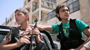 Ulkolinja: Syyrian lapset sodan jaloissa, yle tv1