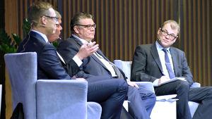 Ledarna för de fyra stora partierna debatterar skatter 11.3.2015