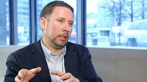 Paavo Arhinmäki, ylet tv1
