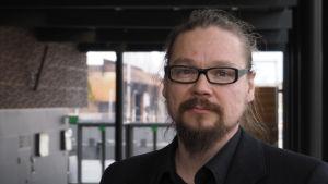 Säveltäjä Sami Klemola.