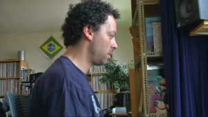 Tack vare Obamacare har musikern Sebastien Bardin-Greenberg råd med sjukförsäkring.