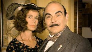 Hercule Poirot: Vuoksi ja luode, yle tv1