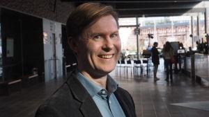Säveltäjä Juha T. Koskinen.