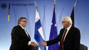 Utrikesministrarna Timo Soni, Finland och Frank-Walter Steinmeier, Tyskland