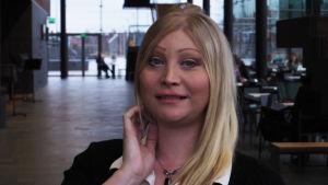 Säveltäjä Jennah Vainio.