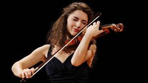 Anna Göckel Sibelius-viulukilpailussa 2015