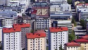 Koti Suomessa - kallis ja ahdas