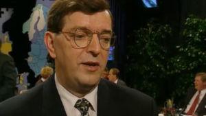 Paavo Väyrynen kommenterar Sveriges folkomröstningsresultat.