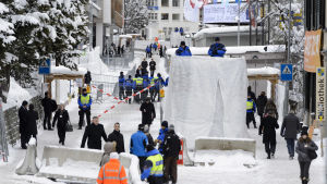 Världsekonomiskt forum inleds i Davos