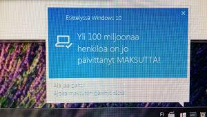 Windows 10 päivitysmainos.