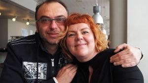Oopperaohjaaja Dmitri Bertman ja pukusuunnittelija Erika Turunen