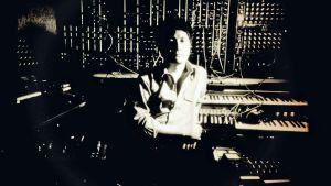mies ja studio, modulaarinen syntesoija
