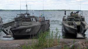 Svenska stridsbåtar (CB90) i Syndalen, Hangö udd, under BALTOPS-manövern juni 2016.