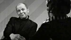 Myhäilevä Jouko Turkka Mirja Pyykön haastattelussa.