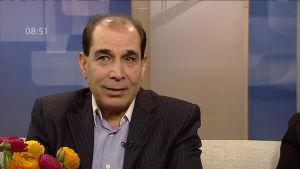 Kiamars Baghbani Aamu-tv:ssä vuonna 2013.