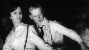 Seija Salama ja Kari Koskela twistin ME-yrityksessä Helsingin Expo-hallissa 1963.