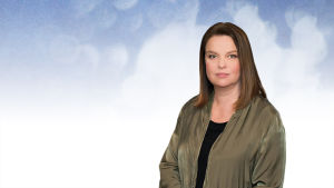 Näyttelijä, professori Elina Knihtilä