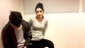 Ari och Kanari är två ungdomar som ursprungligen kommer från Irak.