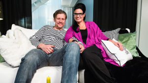 Sohvaperunat-sarjan neljäs tuotantokausi: Jani ja Linda, Oulu.