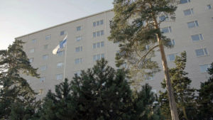 Mannerheimvägen 93 i Helsingfors är det största flervåningshuset som ägs av Lotta svärd Stiftelsen.