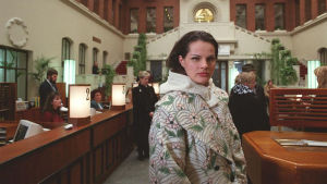 Niina Nurminen Ilman kavaluutta -tv-ohjelmassa.