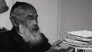 Kuvakaappaus Pääsiäisen juhlaa -ohjelmasta vuodelta 1965.