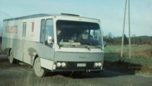 Kirjastoauto kiertää Lieksan kyliä