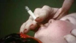 Tupakoinninvastainen tietoisku