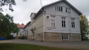 Kallislahden kyläkoulu Savonlinnassa.