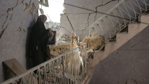 Ranskalainen reportaasi seuraa, miten tuhottua Mosulin kaupunkia yritetään rakentaa uudelleen.