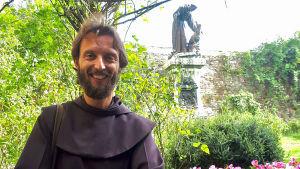 Dokumentti Franciscus Assisilaisen elämästä ja vaikutuksesta.