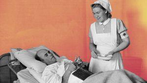 Sairaanhoitaja kierroksella Punaisen Ristin invaliidisairaalassa.