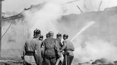 En brand släckes, 1940