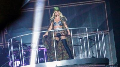 Poptähti Britney Spears esiintymässä Ruotsissa vuonna 2018.
