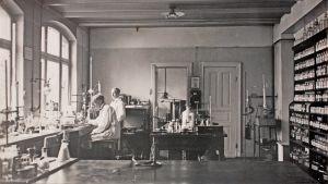 Beiersdorf produktutvecklingslaboratorium där man år 1914 utvecklade tvål och fuktkrämer.