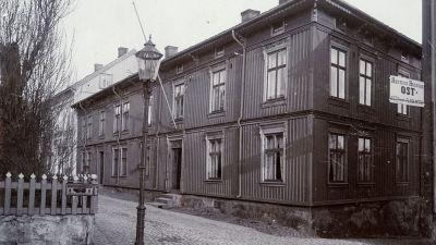 Författaren Emilie Flygare-Carléns barndomshem i Strömstad.