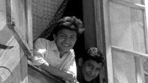 Hymyileviä damaskoslaisia vuonna 1966.
