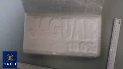 En bit kokain från ett tillslag.