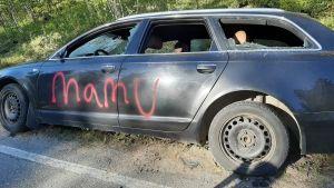 vandaliserad bil