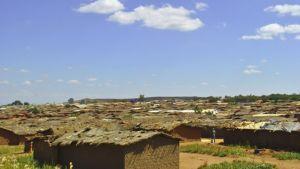 Det flyktingläger i Malawi som Lukogo Byona levde tio år i.