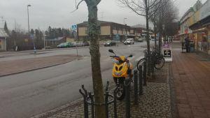 Vy över huvudstråket i Virkby.